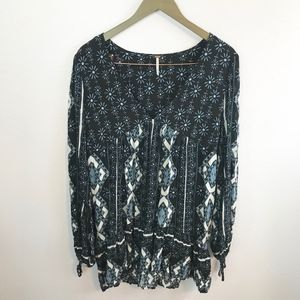 Free People Tops - Free People 60's Down By The Bay Black/Blue Tunic